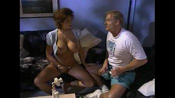 Пикапер предложил охмелевшей женщине деньги и удовлетворил ее в палатке